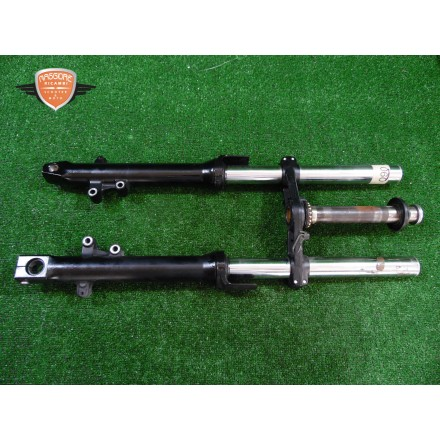 Fork slider lower fork cross brace Kawasaki Z 750 2003 2005